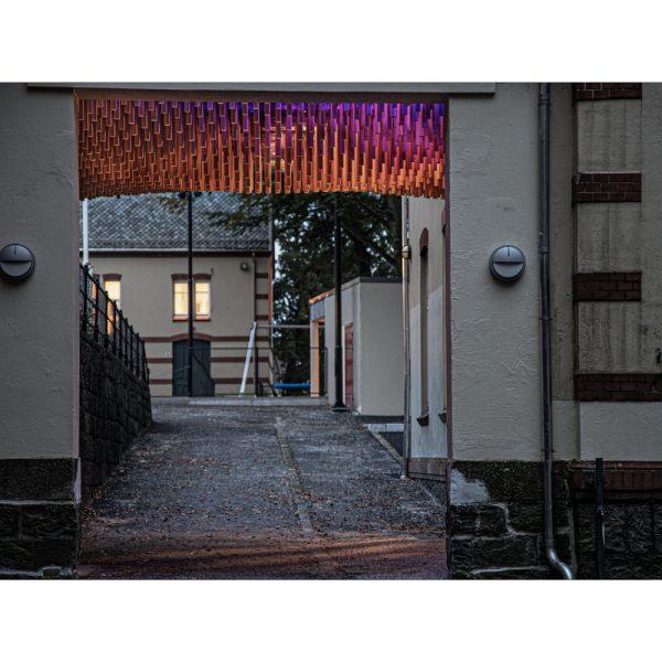 nytt bilde arkitektens hus med hvit ramme